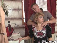 Son fucking his very hot mom